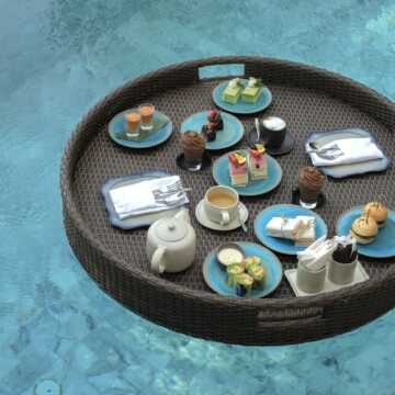 floating tea