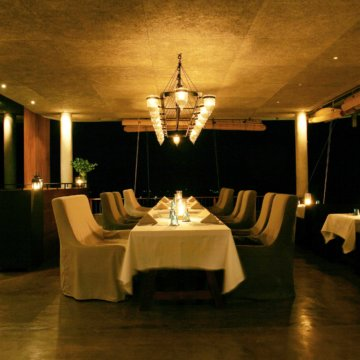 sala hilltop restaurant