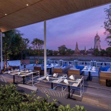 sala ayutthaya eatery and bar river deck